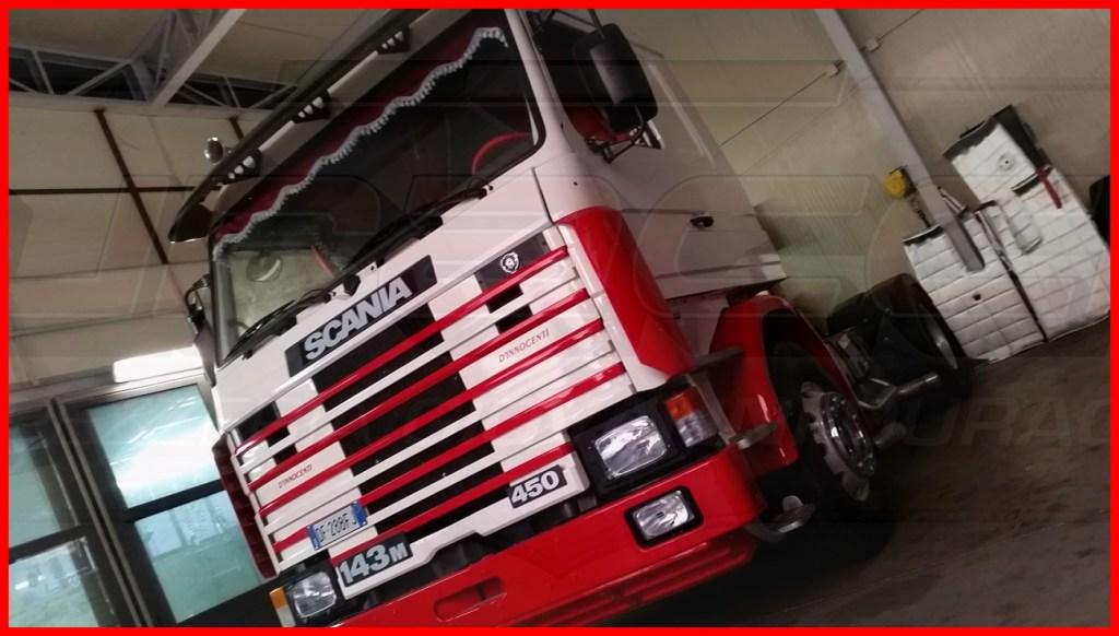 Scania 143 D Innocenti Tappezzeria Duraccio